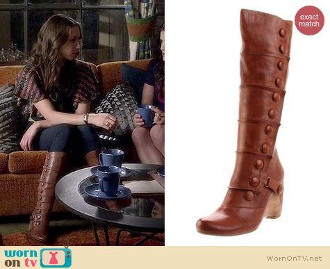 PLL Fashion: Miss Mooz Siri boots worn by Troian Bellisario