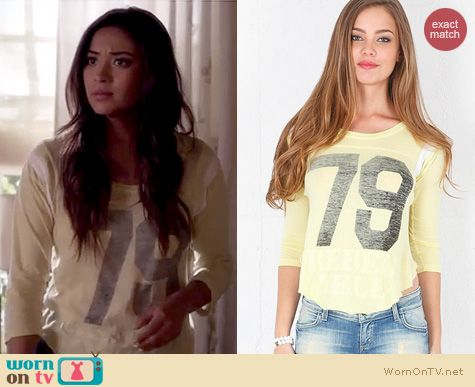 PLL Fashion: Rebel Yell Throwback 79 jersey worn by Shay Mitchell