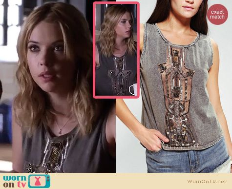 PLL Fashion: Urban Outfitters Ecote Trident Mineralized Muscle Tee worn by Ashley Benson