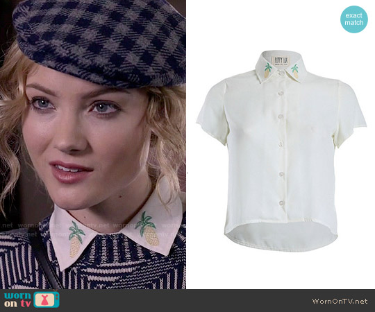 Poppy Lux Pineapple Blouse worn by Skyler Samuels on Scream Queens