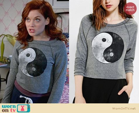 Project Social Faded Yin-Yang Top worn by Jane Levy on Suburgatory