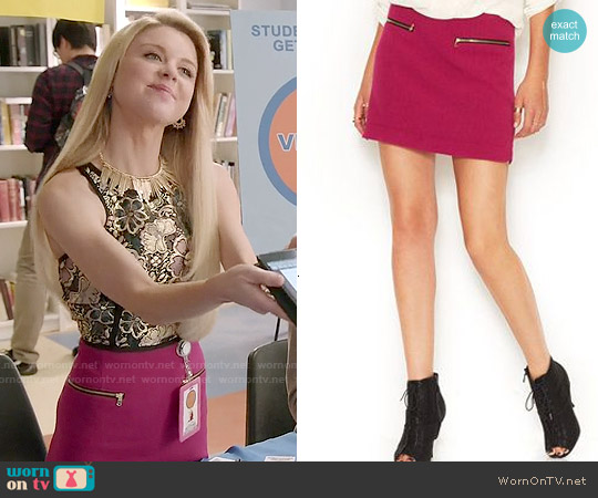 Rachel Roy Zipper Pocket Mini Skirt worn by Lauren on Faking It