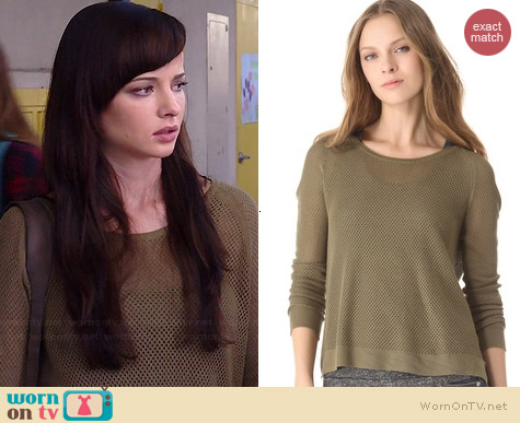 Rag & Bone Island Raglan Pullover worn by Ashley Rickards on Awkward