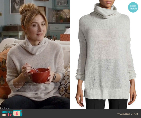 Rag & Bone Philipa Knit Cashmere Turtleneck Sweater worn by Sasha Alexander on Rizzoli & Isles