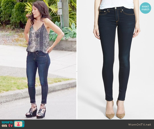 Rag & Bone The Skinny Jeans worn by Abby McCarthy on GG2D