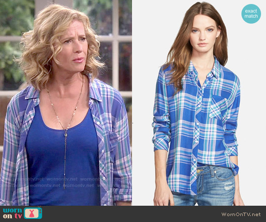 Rails Hunter Shirt in Blue Violet worn by Nancy Travis on Last Man Standing
