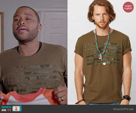 Ralph Lauren Denim & Supply Flag Tee in Olive worn by Anthony Anderson on Black-ish