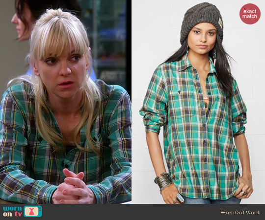 Ralph Lauren Denim & Supply Lee Utility Shirt worn by Anna Faris on Mom
