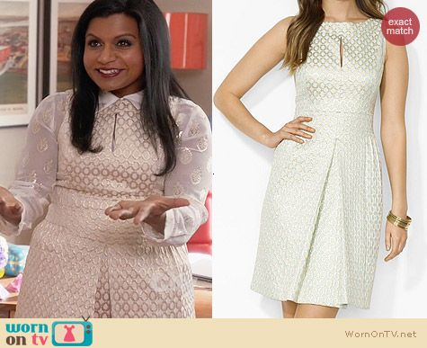 Ralph Lauren Sleeveless Oval Print Dress worn by Mindy Kaling on The Mindy Project