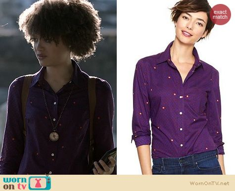 Ravenswood Fashion: GAP Fitted Boyfriend shirt worn by Britne Oldford