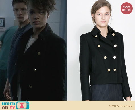 Ravenswood Fashion: Zara Short double breasted coat worn by Britne Oldford