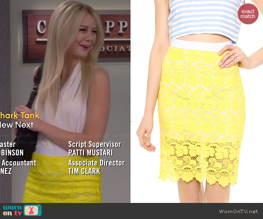 Rebecca Minkoff Angelica Lace Skirt in Sun worn by Justine Lupe on Cristela