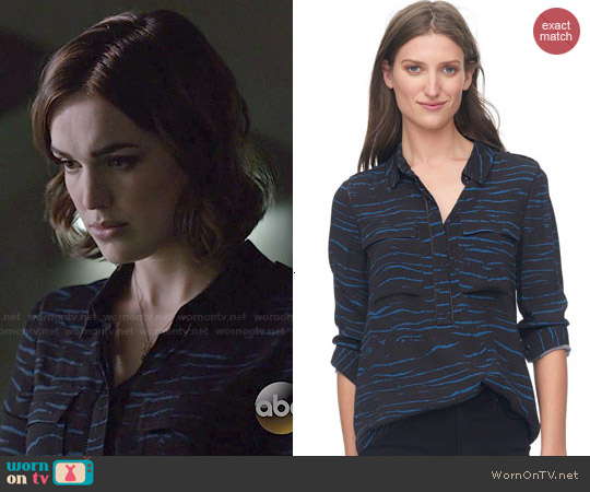 Rebecca Taylor Double Pocket Tiger Top worn by Elizabeth Henstridge on Agents of SHIELD