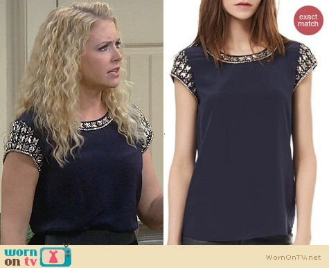 Rebecca Taylor Embellished Tee in Navy worn by Melissa Joan Hart on Melissa & Joey