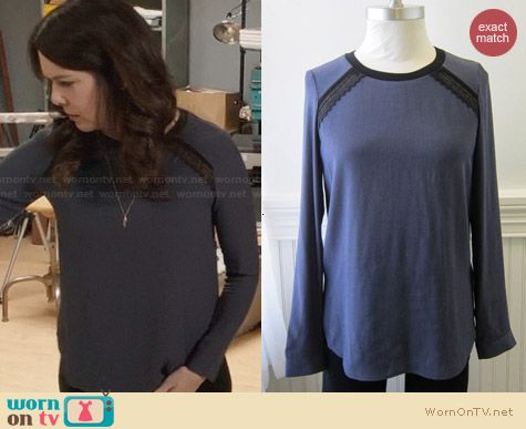 Rebecca Taylor Lace Combo Blouse in Twilight worn by Lauren Graham on Parenthood