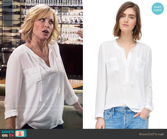 Rebecca Taylor Sofia Top worn by Julie Bowen on Modern Family