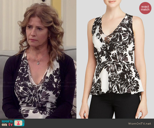 Rebecca Taylor Splashy Flower Print Tank worn by Nancy Travis on Last Man Standing