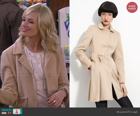 RED Valentino Mohair Bow Coat worn by Beth Behrs on 2 Broke Girls