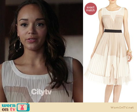 Revenge Fashion: BCBGMAXAZRIA Lucea pleated dress worn by Ashley Madekwe