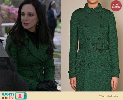 Revenge Fashion: Green Burberry Prorsum lace fishtail trench worn by Victoria Grayson