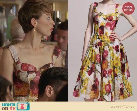 Fashion of Revenge: Dolce & Gabbana Onion Print Bustier Dress worn by Karine Vanasse