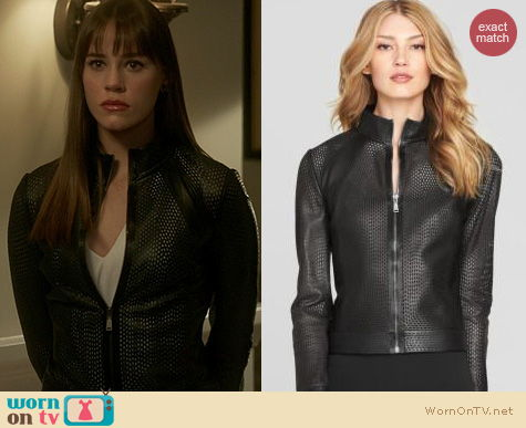 Revenge Fashion: Elie Tahari Suella Jacket worn by Christa Allen
