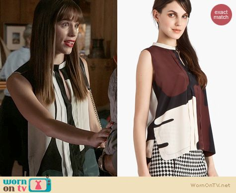 Revenge Fashion: Marni Printed Silk Keyhole Blouse worn by Christa Allen