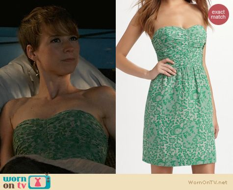 Fashion of Revenge: Rebecca Taylor Green Lace Print Strapless Dress worn by Karine Vanasse
