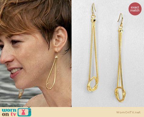 Revenge Jewelry: Michael Kors Knotted Snake Chain Drop Earrings worn by Karine Vanasse
