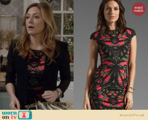 Rizzoli & Isles Fashion: Alexander McQueen Butterfly Camouflage dress worn by Sasha Alexander