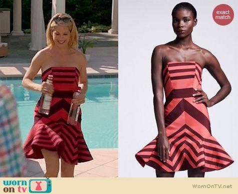 Royal Pains Fashion: Lanvin flounce striped dress worn by Jenna Elfman