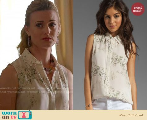 Royal Pains Fashion: Theory Earhart Cherry Blossom top worn by Brooke D'Orsay