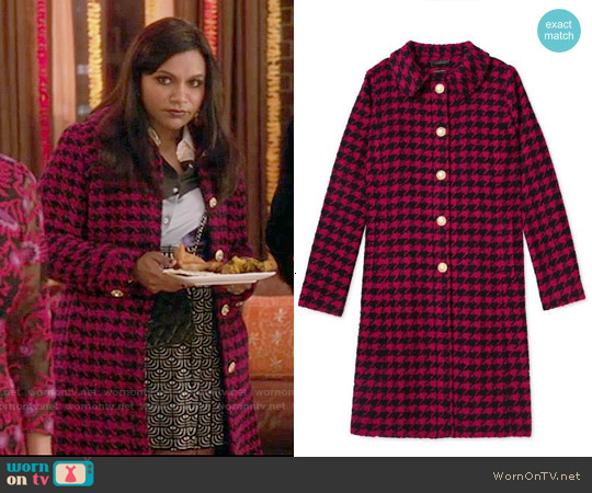 Salvador Perez Pink Houndstooth Peter Pan Collar Coat worn by Mindy Kaling on The Mindy Project