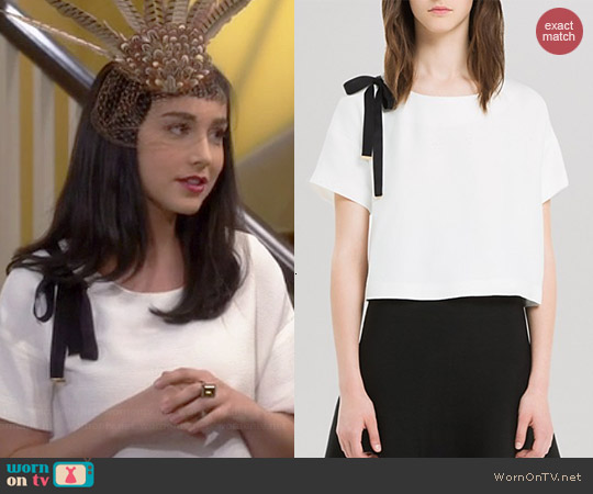 Sandro Exodus Top worn by Molly Ephraim on Last Man Standing