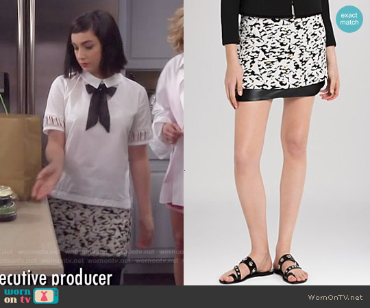 Sandro Janique Skirt worn by Mandy Baxter on Last Man Standing