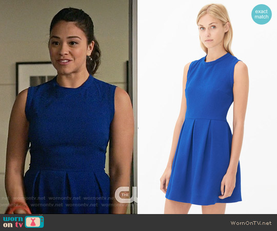 Sandro Regular Dress in Electric Blue worn by Gina Rodriguez on Jane the Virgin