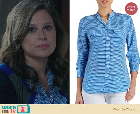 Fashion of Scandal: Equipment Collarless blue geo print shirt worn by Katie Lowes