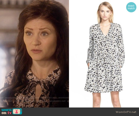Sea Tie Neck Daisy Print Silk Dress worn by Emilie de Ravin on OUAT