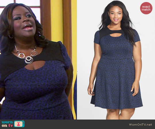 Sejour Keyhole Leopard Print Dress worn by Retta on Parks & Rec