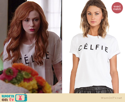 Sincerely Jules Celfie Tee worn by Karen Gillan on Selfie