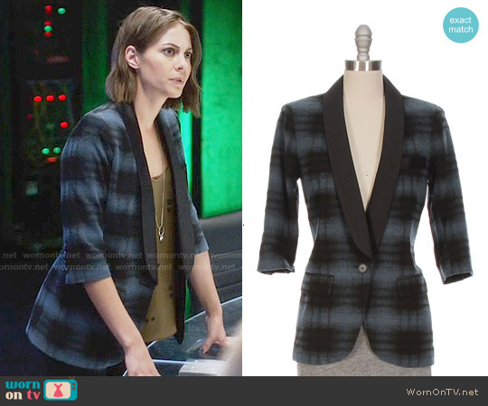 Smythe Plaid Smoking Jacket worn by Thea Queen on Arrow