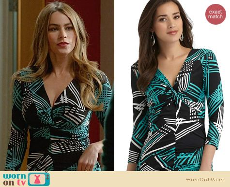 Sofia Vergara for KMart RucheD Knote Top in Abstract Print worn by Gloria on Modern Family