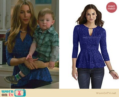 Sofia by Sofia Vergara for K-Mart Chain Knit Top in Blue worn on Modern Family