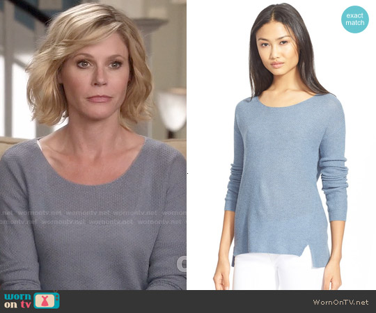 Soft Joie Berni Sweater worn by Julie Bowen on Modern Family