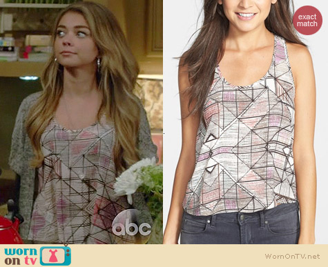 Soprano Print Racerback Top worn by Sarah Hyland on Modern Family