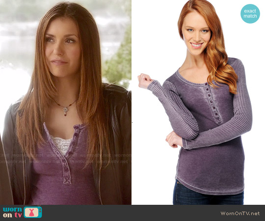 Splendid Distressed Thermal Henley Top in Eggplant worn by Nina Dobrev on The Vampire Diaries