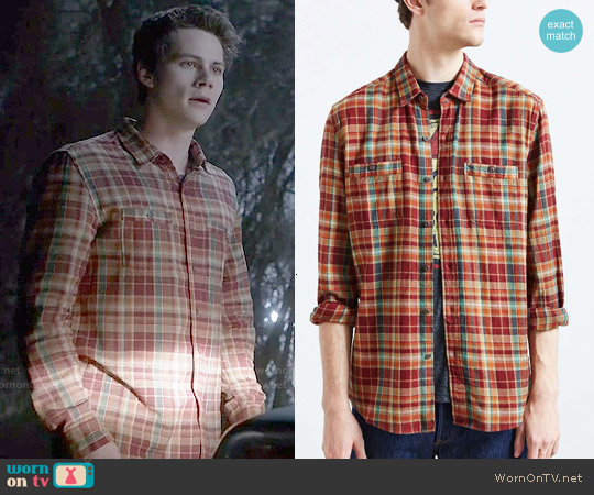 Stapleford Frisco Plaid Flannel Button Down Shirt worn by Dylan O'Brien on Teen Wolf