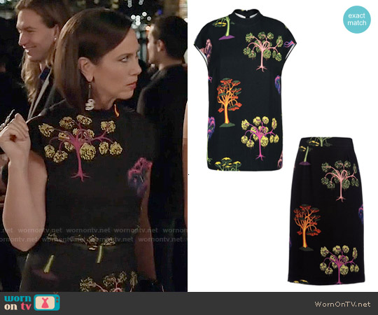 Stella McCartney Porta Top and Lorna Skirt worn by Miriam Shor on Younger