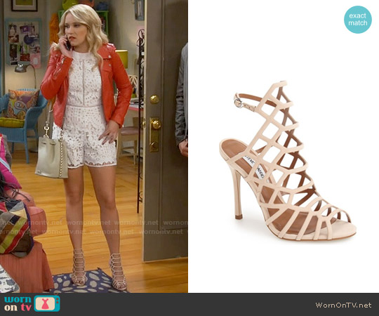 Steve Madden Slithur Sandal in Blush worn by Emily Osment on Young & Hungry