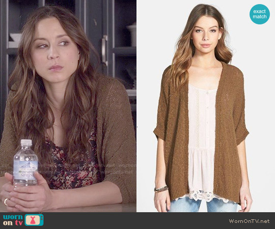 Sun & Shadow Dolman Sleeve Cardigan worn by Spencer Hastings on PLL